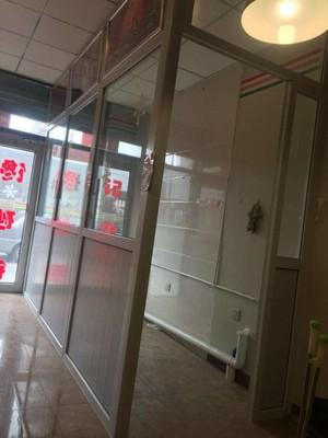 150平米办公室现代风格塑钢隔断装修效果图