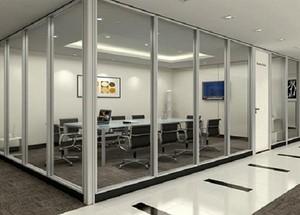 300平米办公室现代风格透明隔断装修效果图