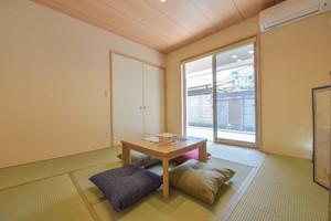 别墅榻榻米书房日式风格一体化装修效果图