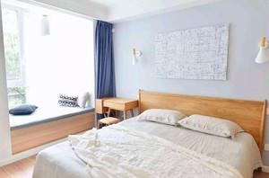 110平米卧室现代简约飘窗窗帘装修效果图