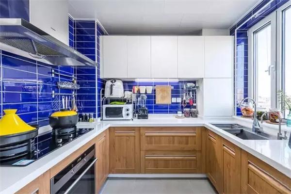 地中海风格小户型u字形厨房装修效果图