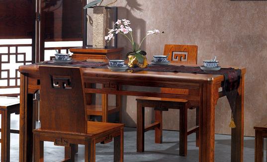 中式餐桌的尺寸有哪些?