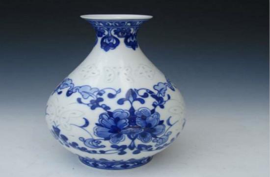 陶瓷花瓶,保养很重要!