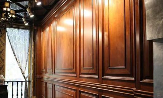 原木护墙板的施工工艺