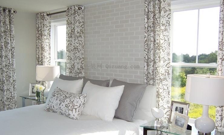 选对卧室窗帘 呈现非一般的家居生活