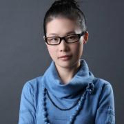 雅(ya)騰裝飾企(qi)業設(she)計師李傳(chuan)榮