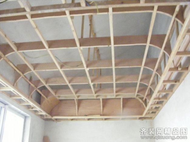 亿品居装饰欧式木工吊顶细节欧式风格装修效果图