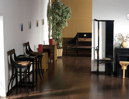 【朗特装饰】黑胡桃木地板和什么颜色门(家具)搭配