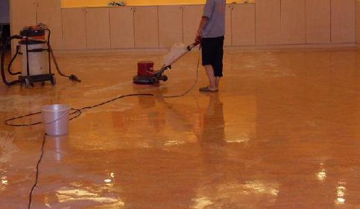 地板打蜡方法,地板打蜡有什么作用?