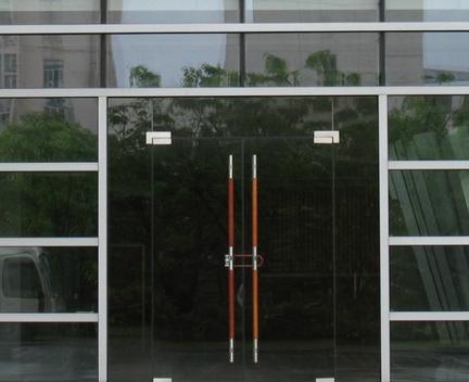 玻璃门出现问题怎么办,玻璃门地弹簧坏了怎么办