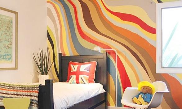 儿童房手绘墙的材料与整体搭配