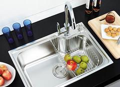 厨房水槽的七大选择技巧