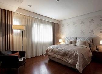 卧室窗帘就得这样选,好看又实用!