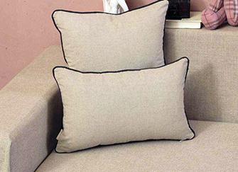 沙发靠垫内芯什么材质好 轻松挑选享舒适