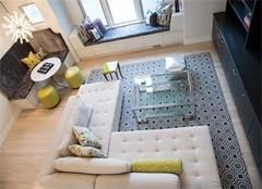 客厅装修用木地板好还是铺地砖好
