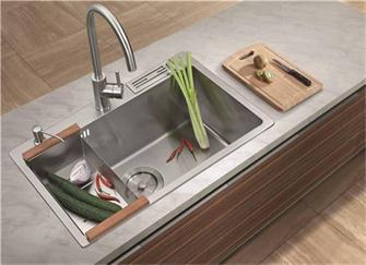 厨房水槽如何选购 到底是单盆还是双盆好?