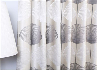 装修窗帘怎么选 装修窗帘大概要多少钱