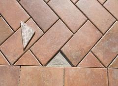马可波罗瓷砖和东鹏瓷砖哪个好 十个维度对比出差异