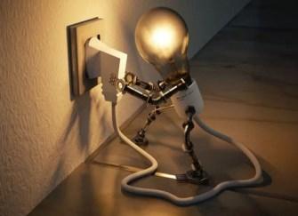 日常家用选购灯具的5大亮度标准  如何选择合适的灯泡