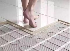 装修地暖木地板好还是瓷砖好 看装修老师傅是怎么说的
