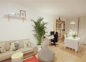 100㎡三室两厅装修效果图 客厅没有电视照样美的上纲上线