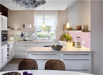 装修新天地:为什么厨卫一定要贴瓷砖?更的厨卫漆了解一下?
