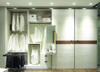 定做衣柜时要注意哪些要点 衣柜内部如何布局分区