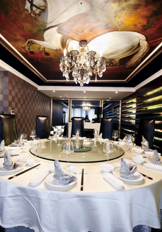 乐昌餐厅装修设计案例