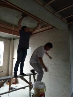 富园新城吊顶正在施工