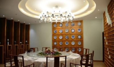 天津中式餐厅装修设计案例