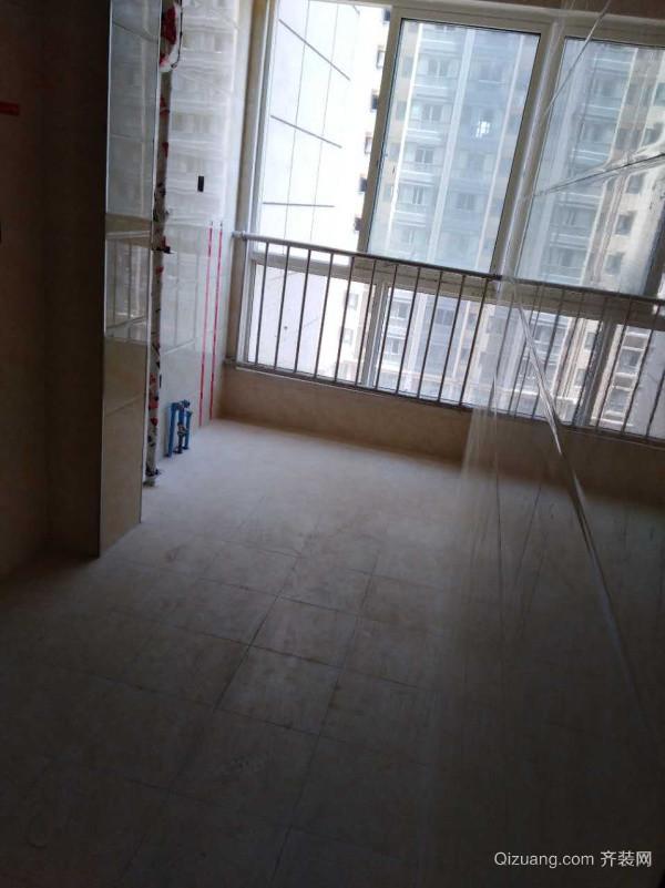 瓦胡同东区18栋2-****现代简约装修效果图实景图