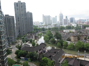 如意江南黄华庭8-1204