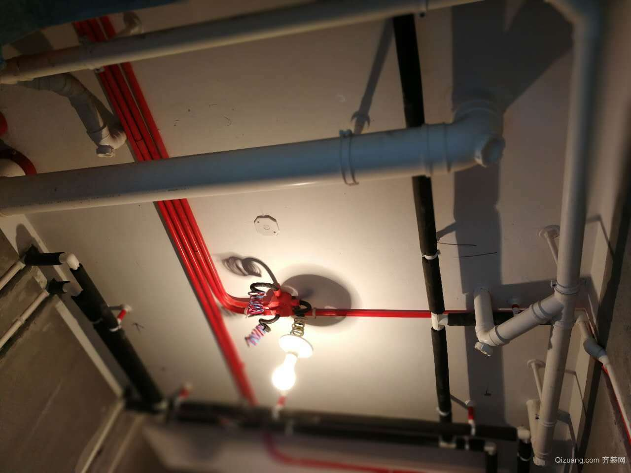 田员外14-1-1*03-----水电验收现代简约装修效果图实景图