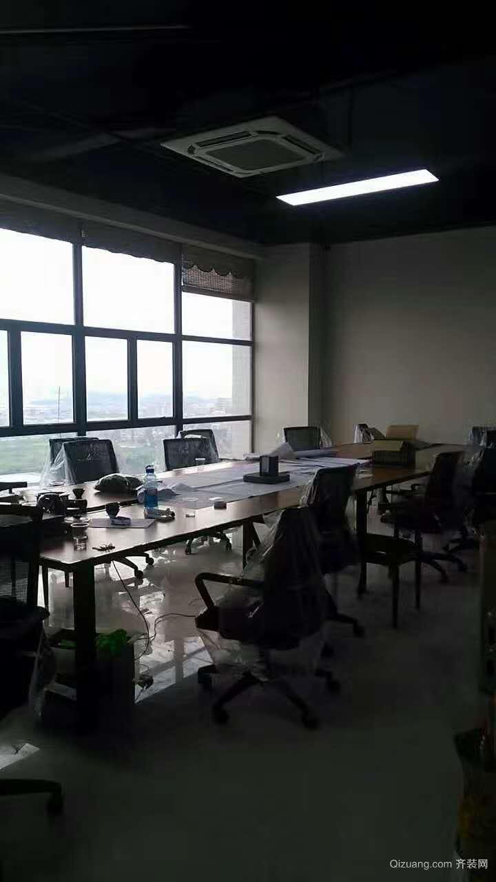 御品办公室现代简约装修效果图实景图
