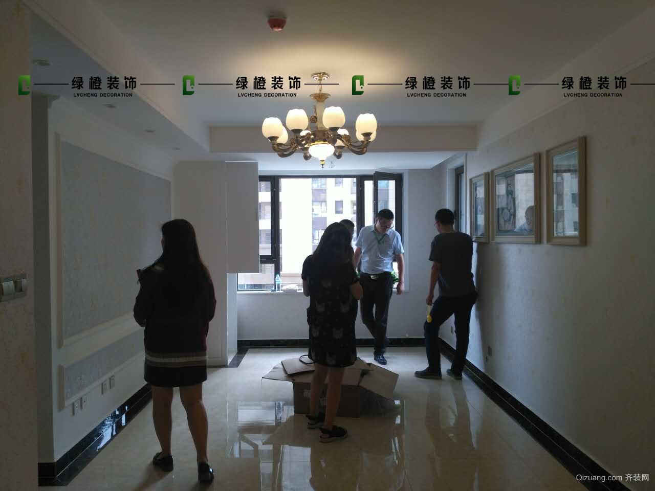 华山龙城现代简约装修效果图实景图