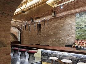 地下酒吧装修设计案例