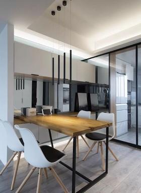 西盟公社  北欧四居室137㎡ 15.7万装修设计案例
