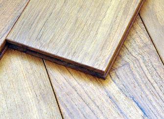 柚木地板的优缺点是什么 它应该如何保养
