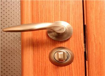 门把手断了能粘住吗 门把手怎么修呢