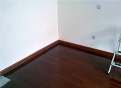 不貼踢腳線能貼木地板嗎 貼踢腳線有什么好處