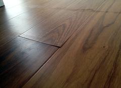复合地板泡水多久鼓包 复合地板鼓起来会消吗