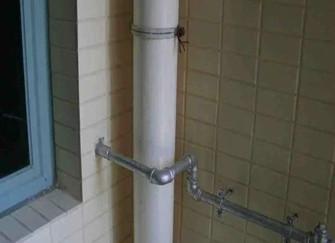 陽臺雨水管可以改動不 陽臺雨水管可以封上嗎 陽臺雨水管可以排洗衣機污水嗎