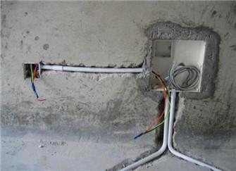網線怎么走暗線去臥室 臥室沒安網線怎么補救 墻面走網線有什么固定