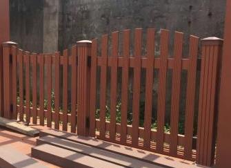 塑木栏杆多少钱一米 塑木栏杆使用年限 塑木栏杆怎么安装