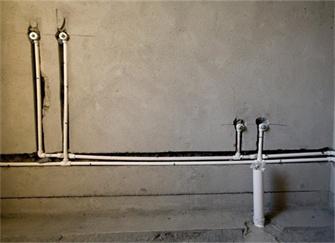 卫生间漏水怎么办?