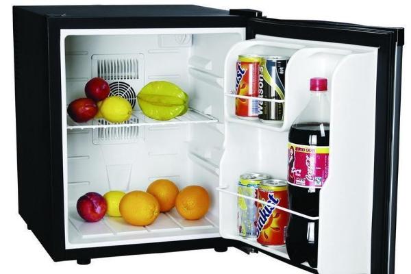 半導體制冷冰箱