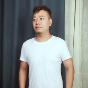 南寧設計師周曉東
