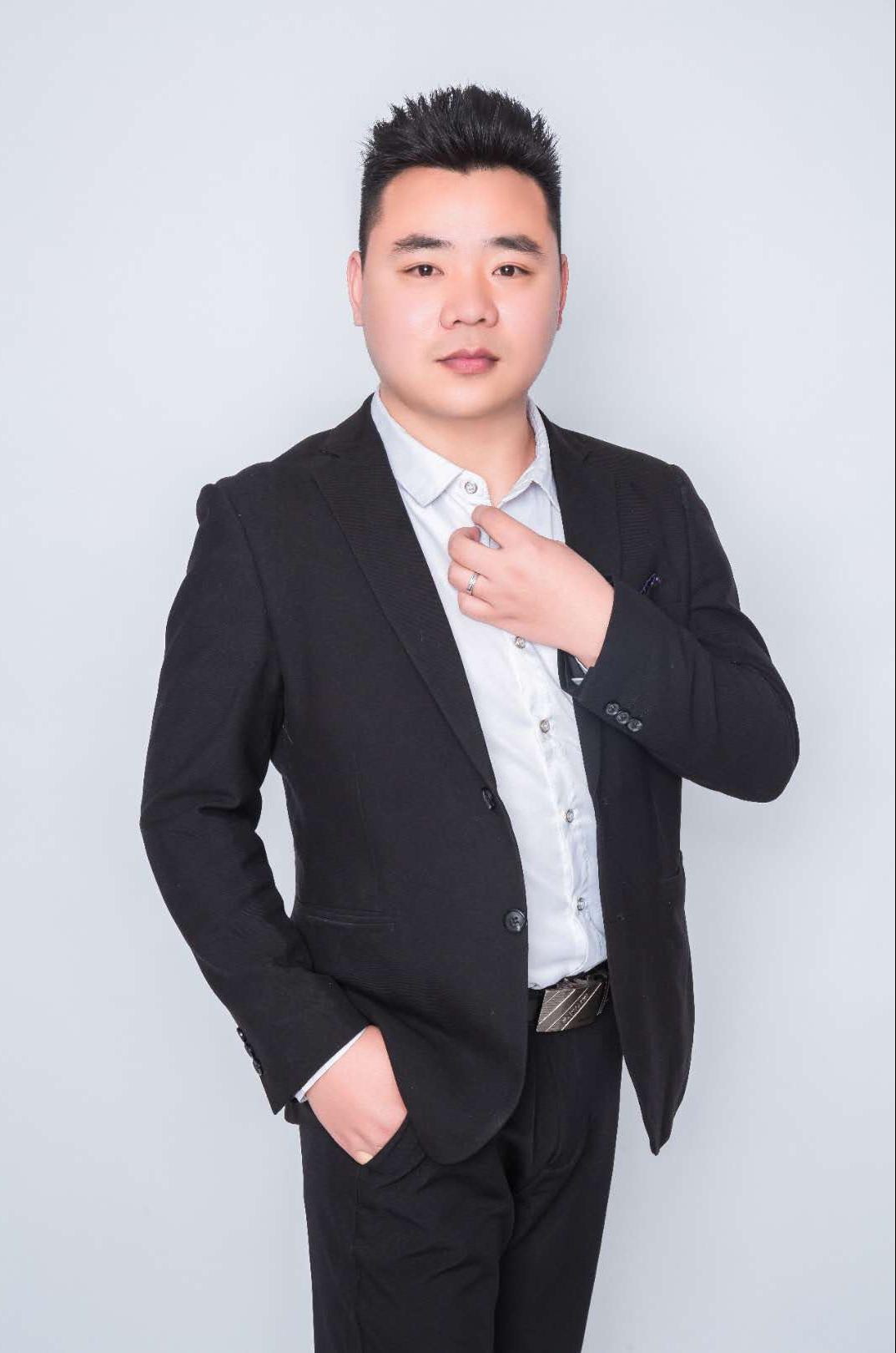 淮北亿巢装饰设计师王杰