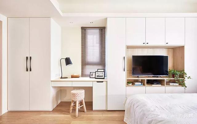 98㎡简约原木风格卧室装饰设计