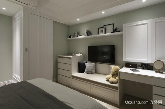三室两厅卧室装饰